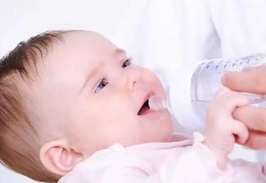 婴幼儿奶粉